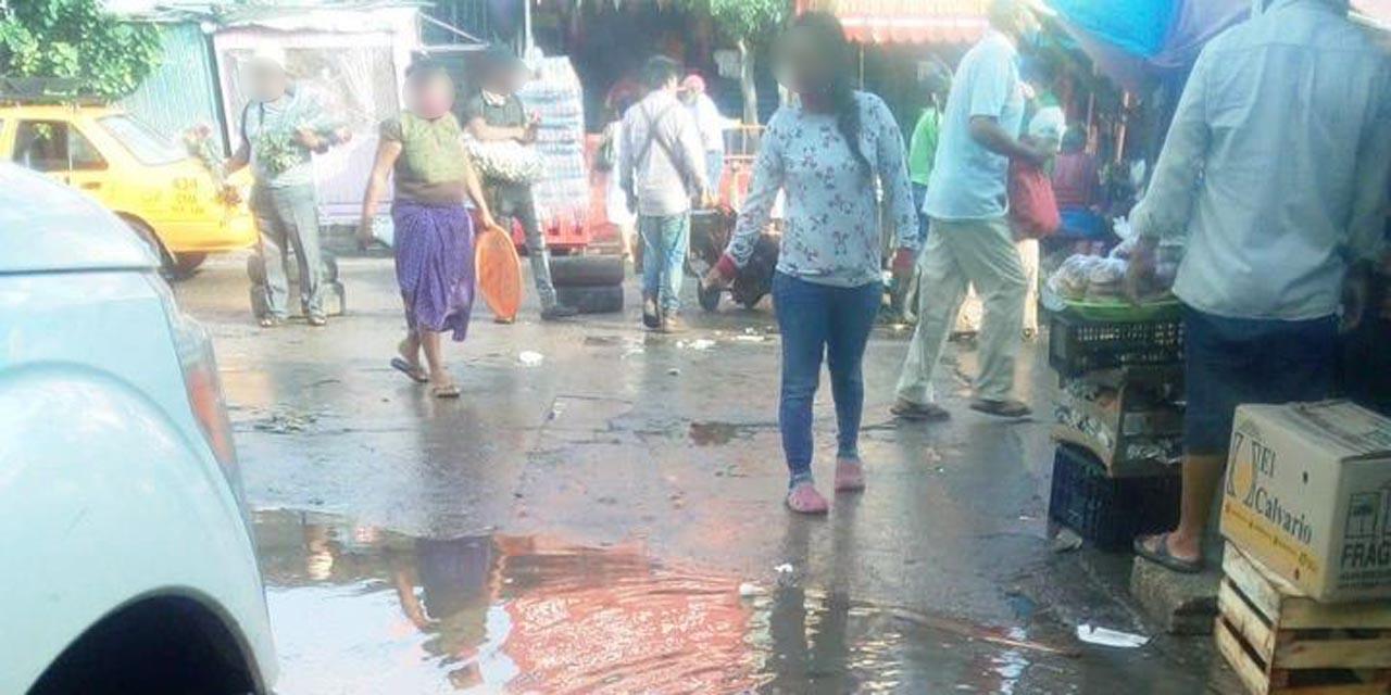 Aguas negras inundan el municipio de Salina Cruz | El Imparcial de Oaxaca