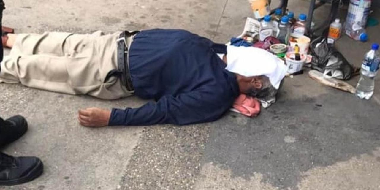 Hombre fallece en la vía pública en la Cuenca | El Imparcial de Oaxaca