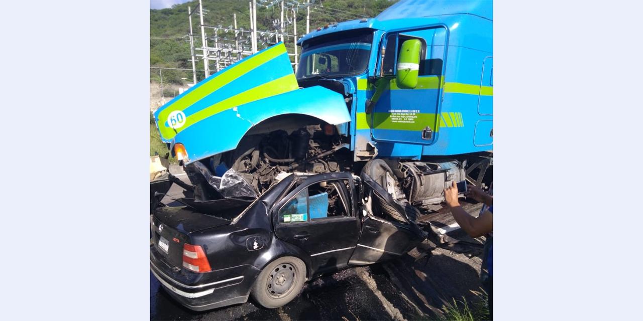 Pareja muere en accidente en carretera Oaxaca-Istmo   El Imparcial de Oaxaca
