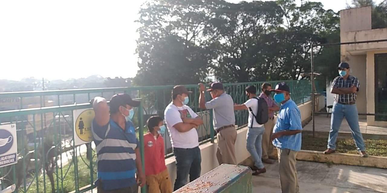 Habitantes de Matías Romero protestan por mal servicio de CFE | El Imparcial de Oaxaca