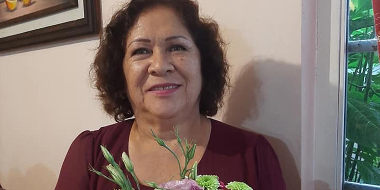 ¡Feliz cumple, Mirtha!   El Imparcial de Oaxaca