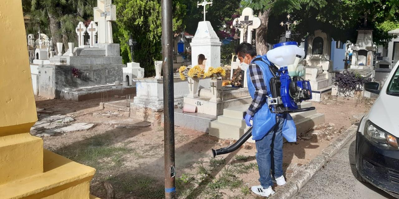 Panteones de Huajuapan seguirán sin servicio por pandemia | El Imparcial de Oaxaca