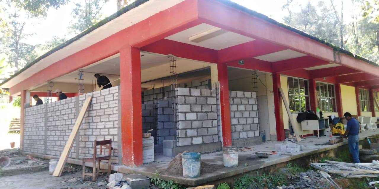 Iluminan Cobao de Huautla y rehabilitan sus sanitarios | El Imparcial de Oaxaca