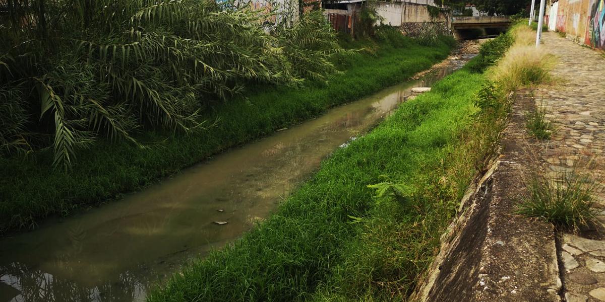 Denuncian contaminación por aguas negras en el Río San Felipe