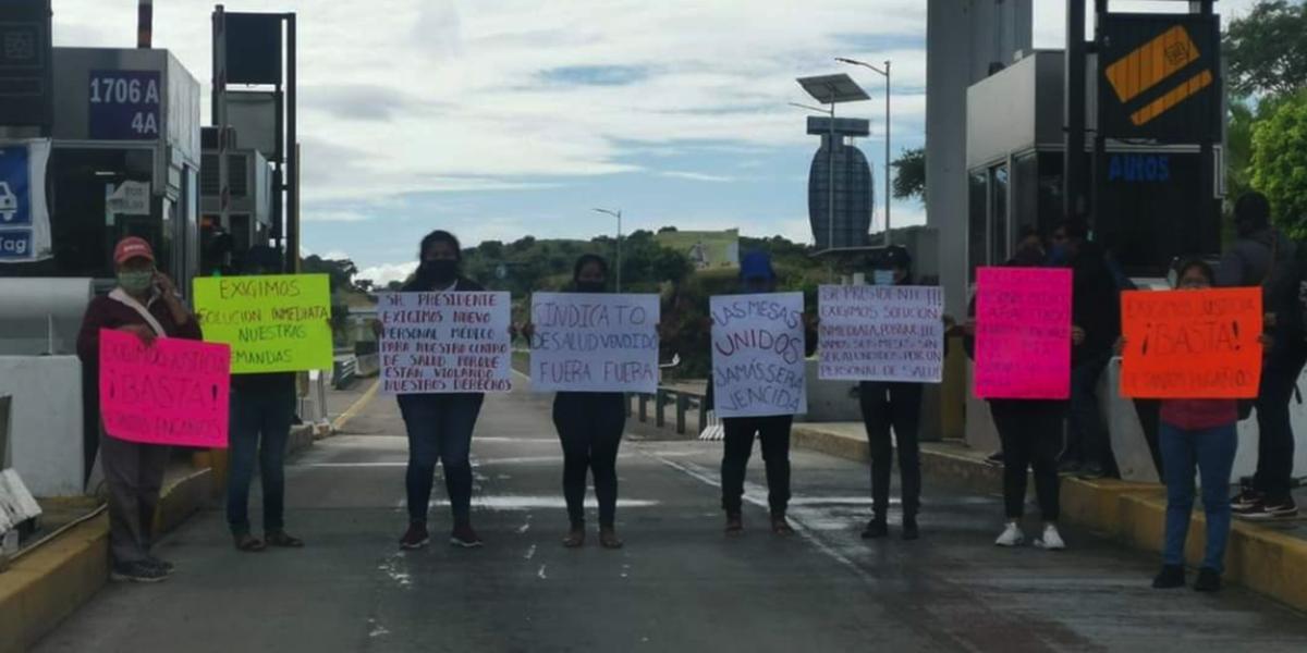 Reportan presencia de manifestantes en la caseta de Huitzo | El Imparcial de Oaxaca