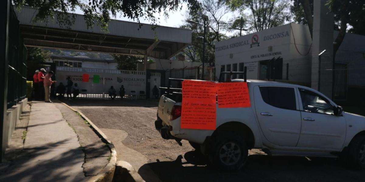 Toman instalaciones de DICONSA en Oaxaca