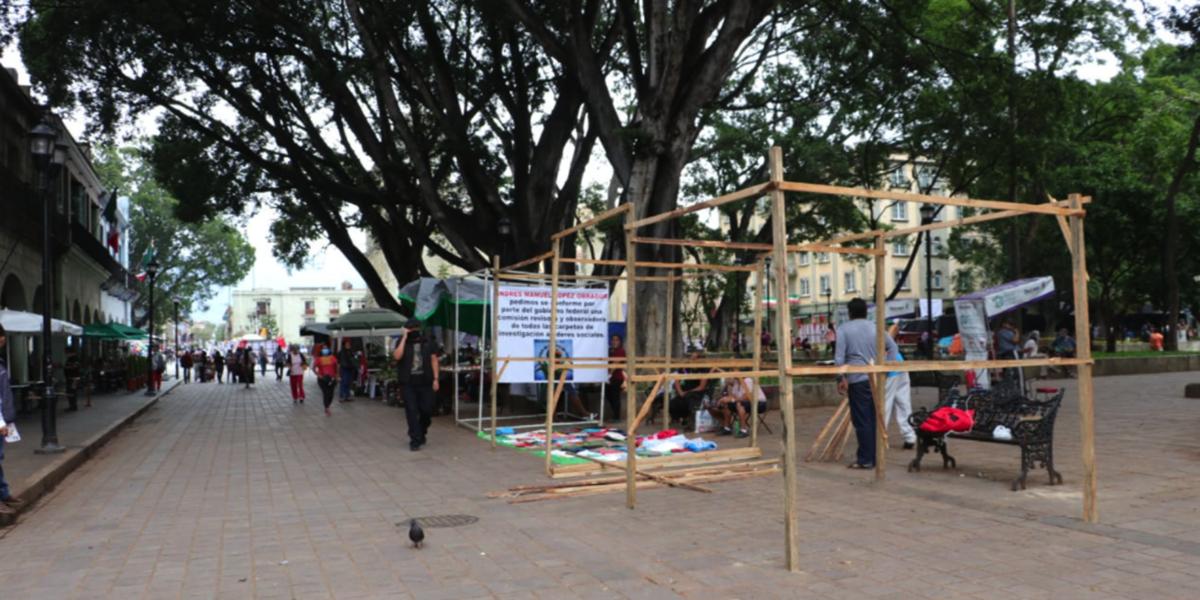 Plantones y ambulantes invaden el Zócalo   El Imparcial de Oaxaca