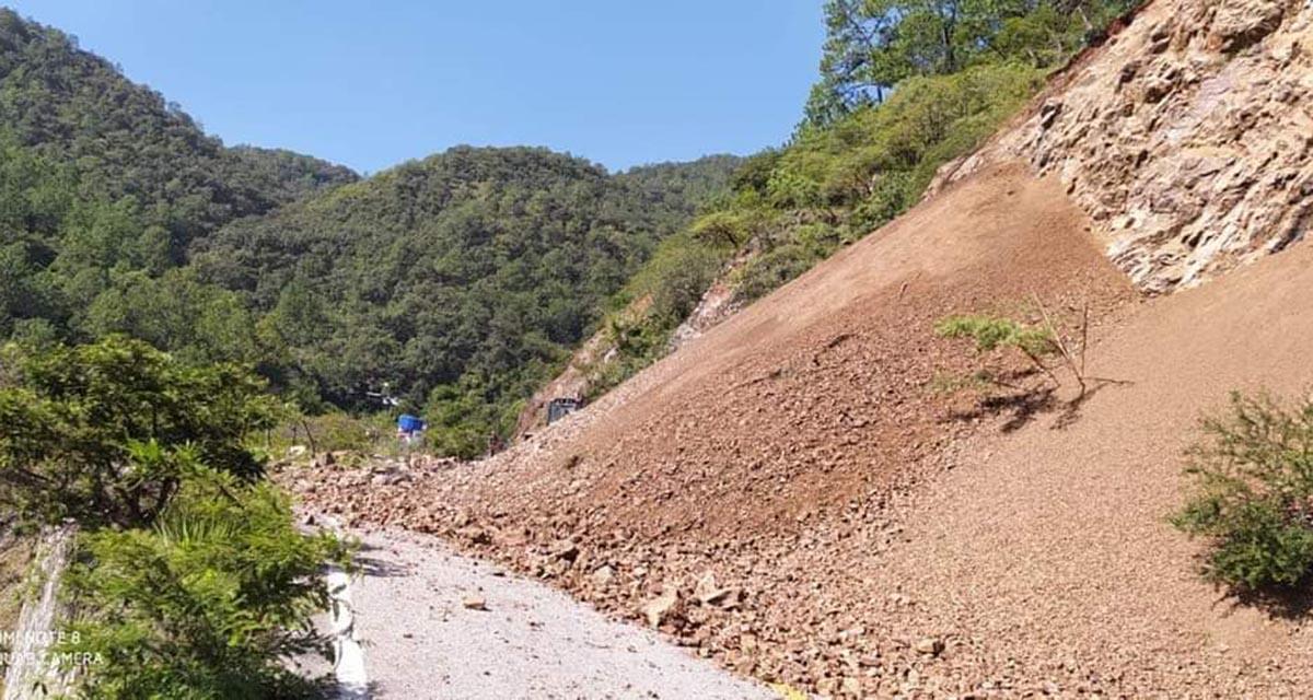 Derrumbes afectan la circulación vehicular hacia la Costa de Oaxaca | El Imparcial de Oaxaca