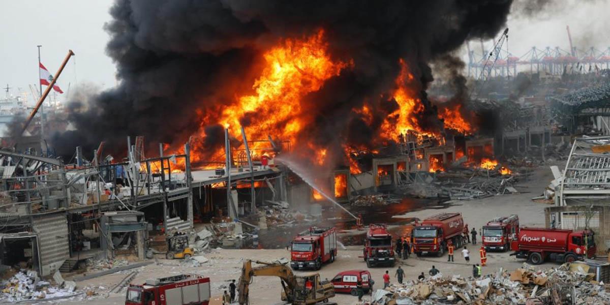Nuevo incendio en Beirut, un mes después de las explosiones en el puerto | El Imparcial de Oaxaca