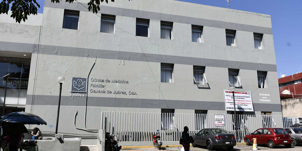 Protestan trabajadores del ISSSTE en Oaxaca; piden protección | El Imparcial de Oaxaca
