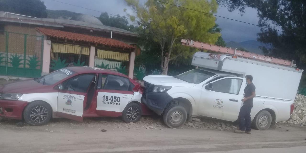 Aparatoso accidente en Santiago Matatlán   El Imparcial de Oaxaca