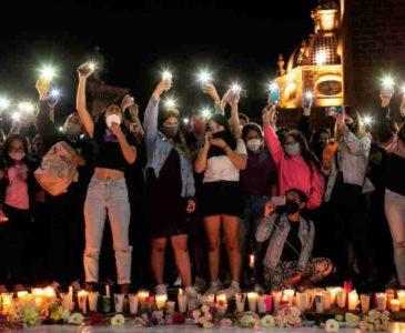 México muestra su dolor por el asesinato de la joven maestra Jessica González