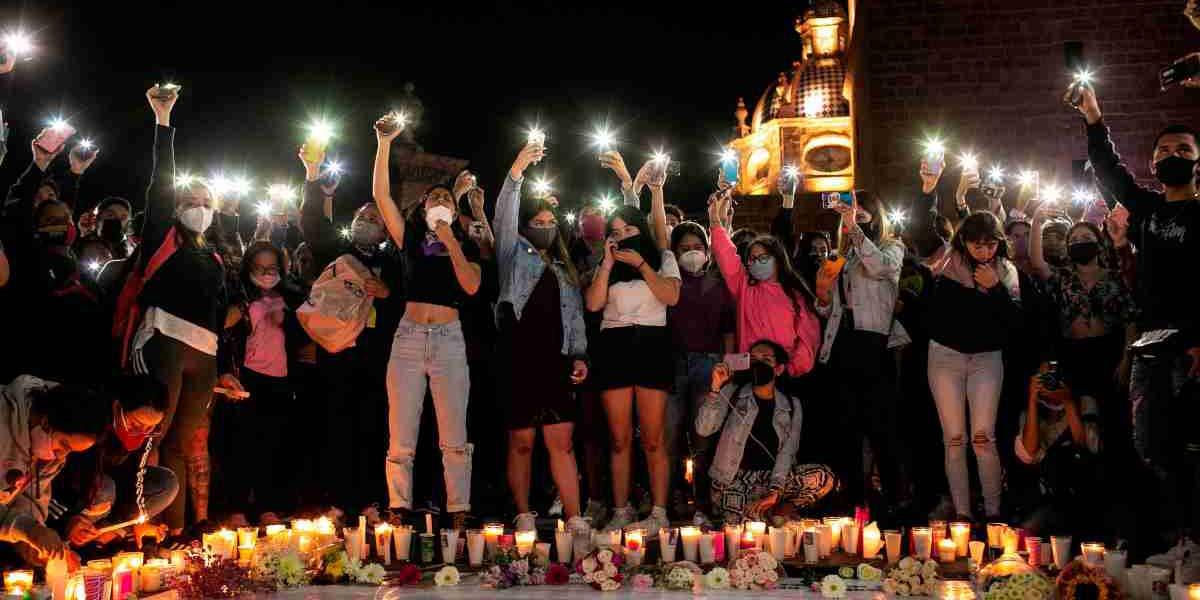 México muestra su dolor por el asesinato de la joven maestra Jessica González   El Imparcial de Oaxaca