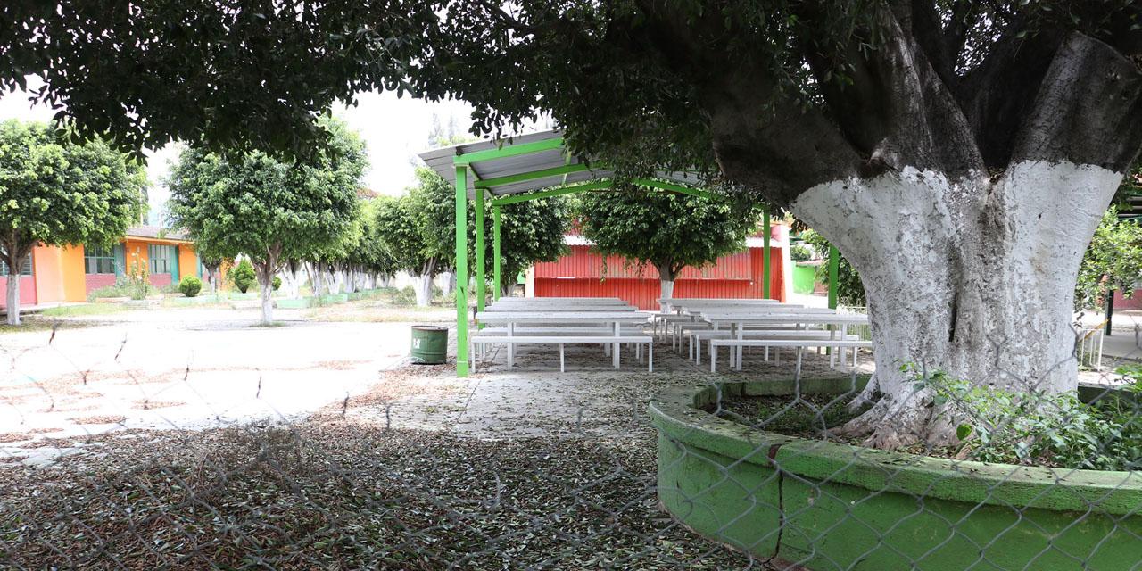 Escuelas de Oaxaca en el olvido por la pandemia