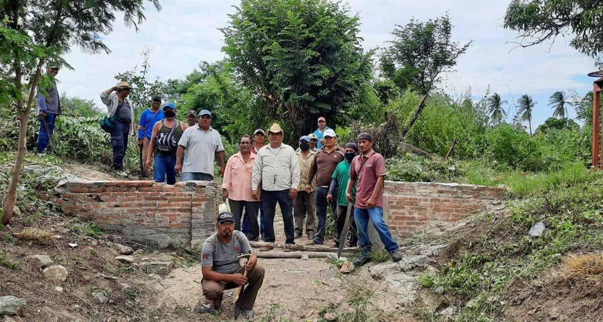 En San Blas Atempa, demandan concluir obra  en el sistema de riesgo