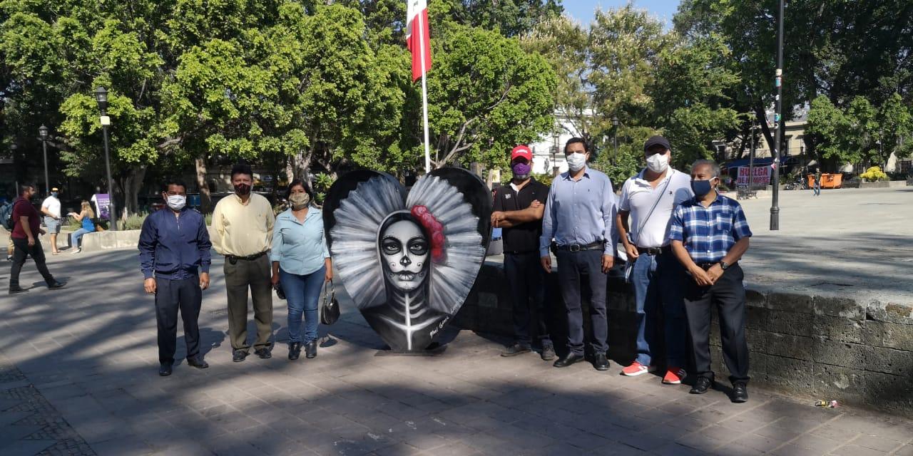 Pintan de Muertos contenedores ecológicos en Oaxaca