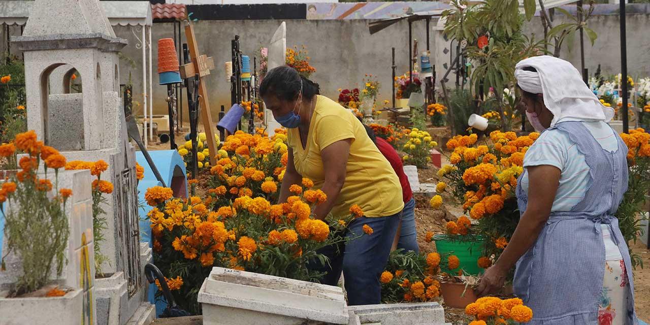 Adelantan bienvenida a fieles difuntos en Xoxocotlán