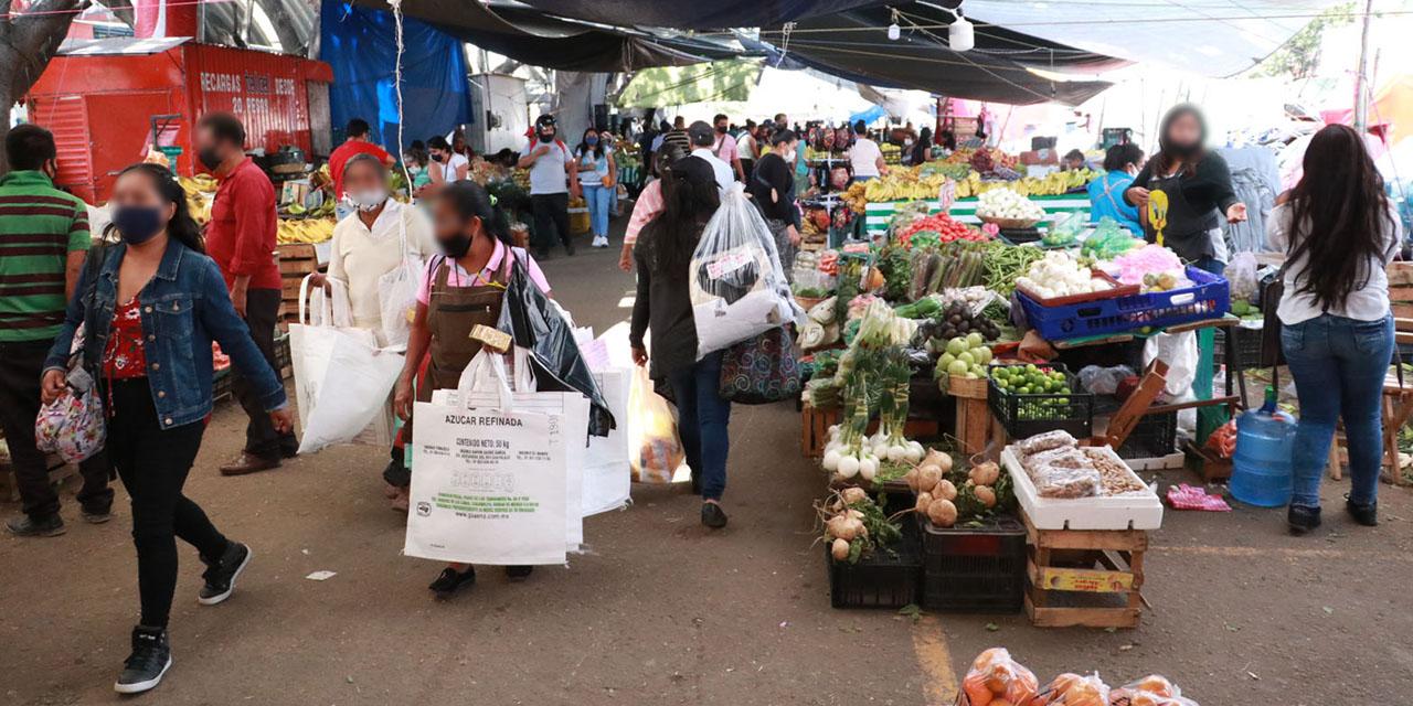 Relajan medidas sanitarias en el Mercado de Abasto
