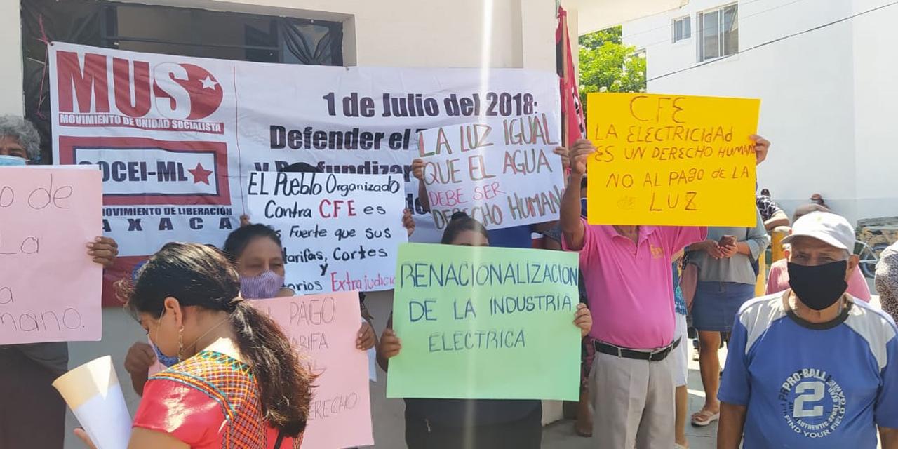 Se manifiestan en el Istmo contra la CFE | El Imparcial de Oaxaca