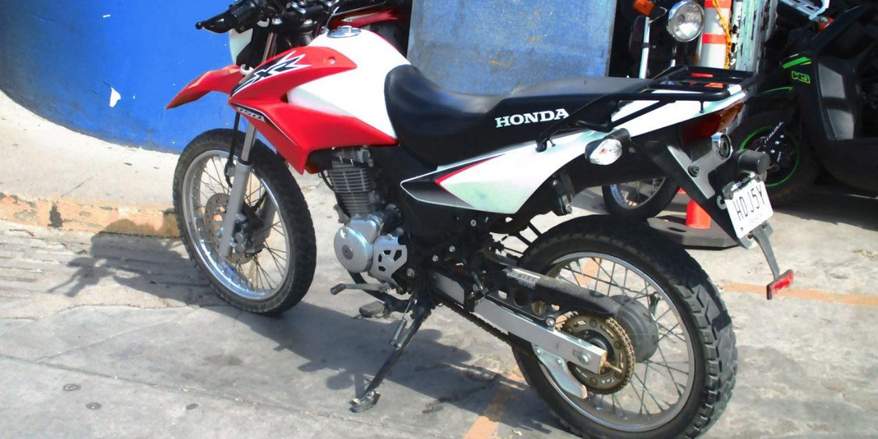 Presunto ladrón huye en Oaxaca y abandona su motocicleta | El Imparcial de Oaxaca
