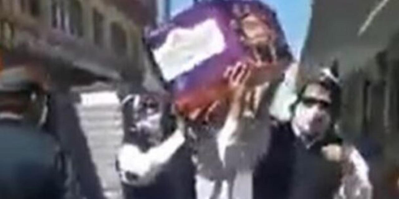 Video: Panadería promociona su pan de muerto bailando como los ghaneses | El Imparcial de Oaxaca