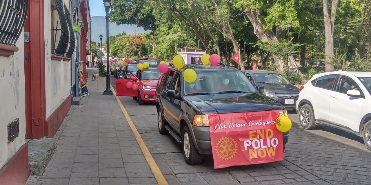 Realizan caravana para conmemorar lucha contra la polio