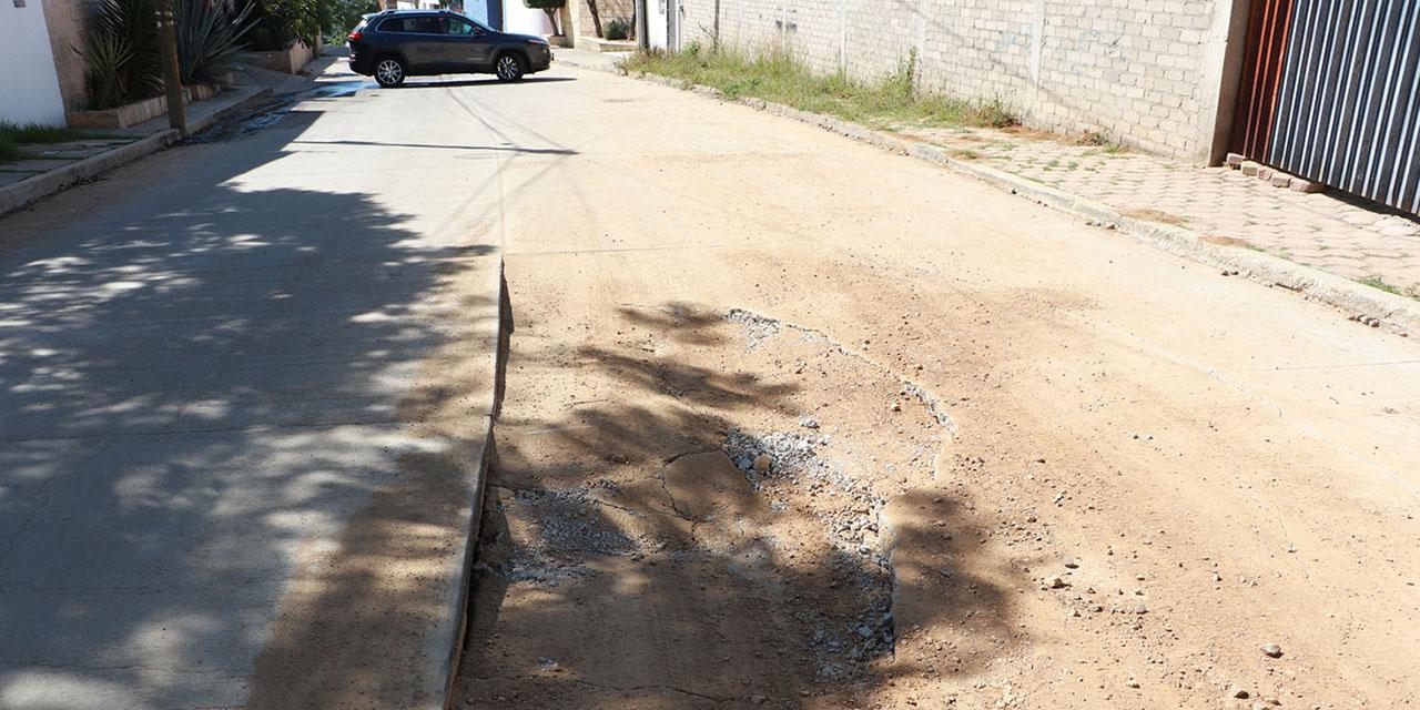 Deficientes e inconclusas, obras en calle El Barniz