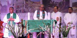 Reportan grave a Arturo Lona Reyes, Obispo de Tehuantepec