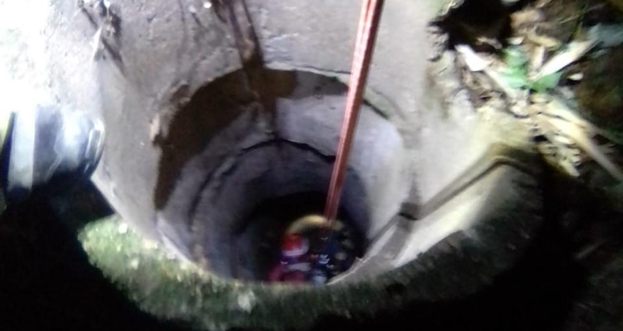 Hallan cuerpo dentro de un pozo