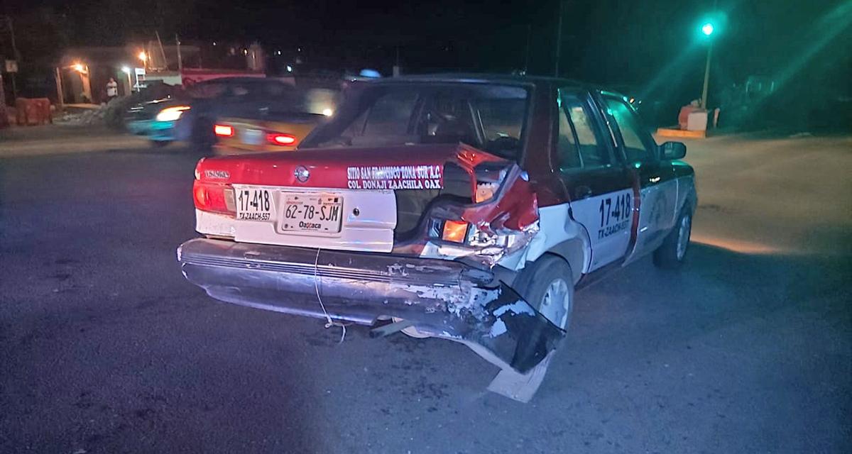 Colisionan contra taxi en Tlacolula | El Imparcial de Oaxaca