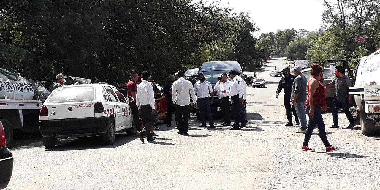 Transportistas se enfrentan por ruta en La Mixteca