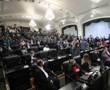 Senadores de la 4T aprueban extinción de los fideicomisos
