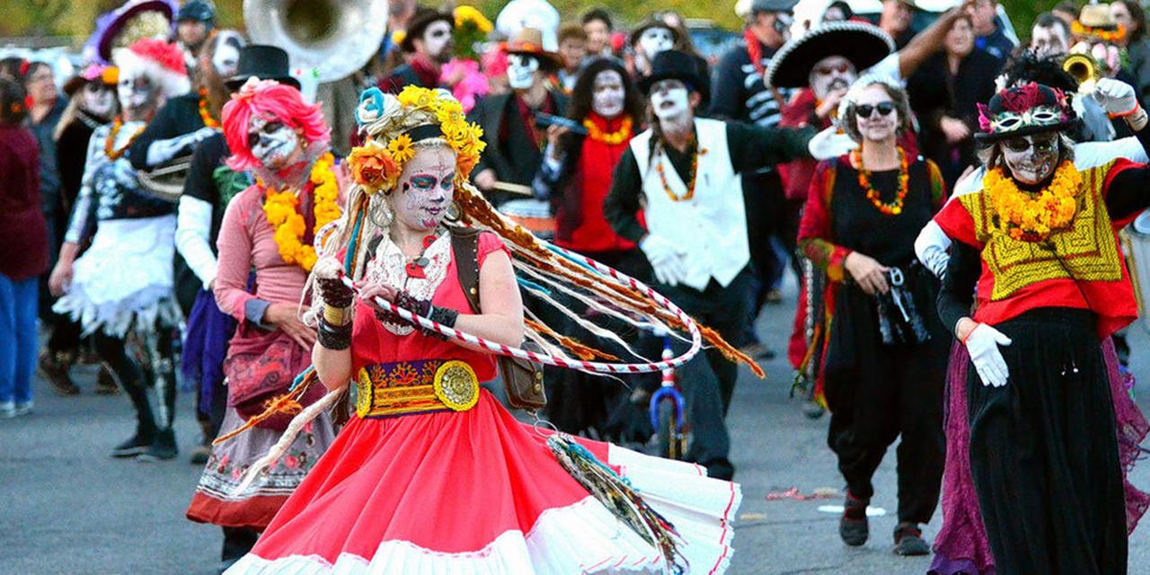 Fiestas de Muertos, riesgo latente de rebrotes | El Imparcial de Oaxaca