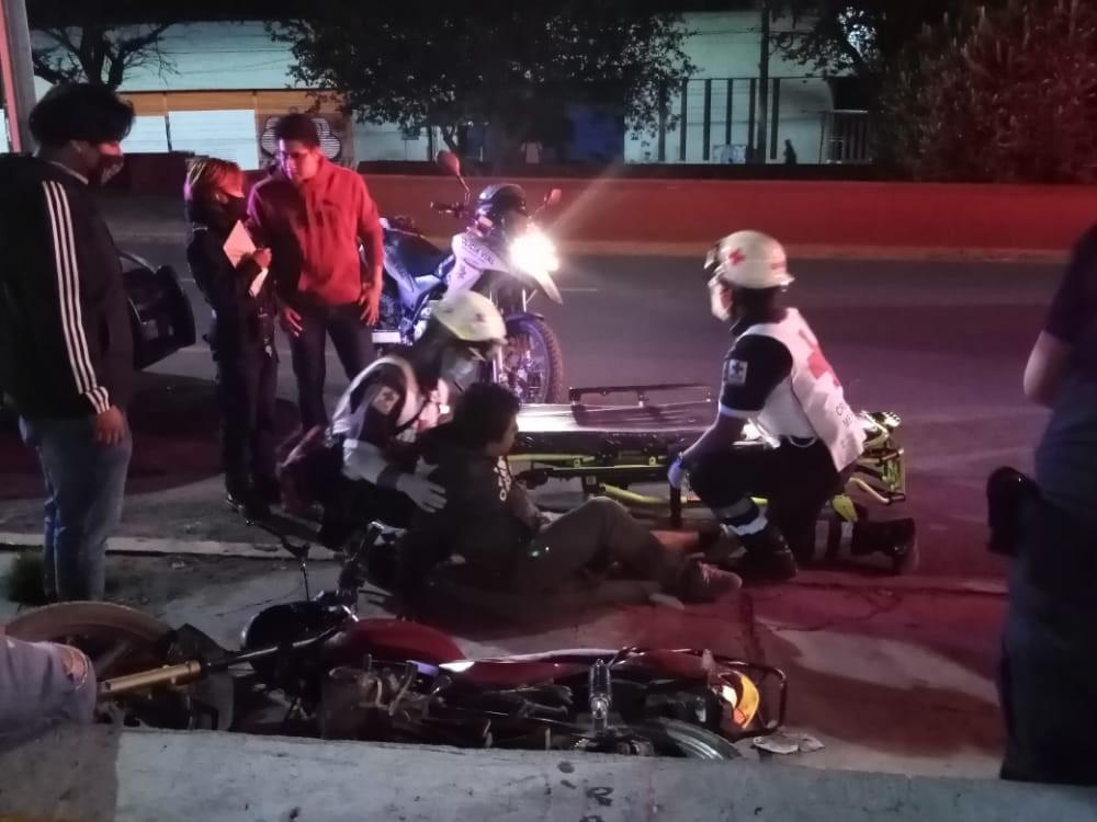 Motociclista ebrio arrolla a pasajeros | El Imparcial de Oaxaca
