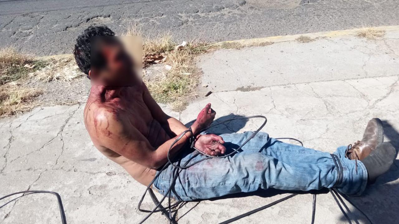 Amarrado y golpeado terminó violento sujeto que causaba destrozos a automóviles en la colonia Reforma   El Imparcial de Oaxaca