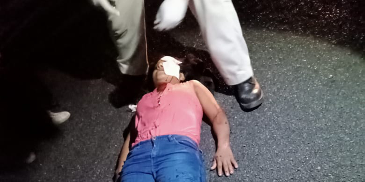 Atropellan a motociclistas en carretera de Tehuantepec-Salina Cruz