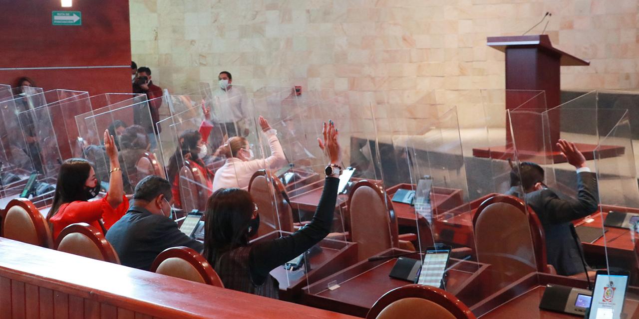 Congreso de Oaxaca gasta millones por leyes inoperantes