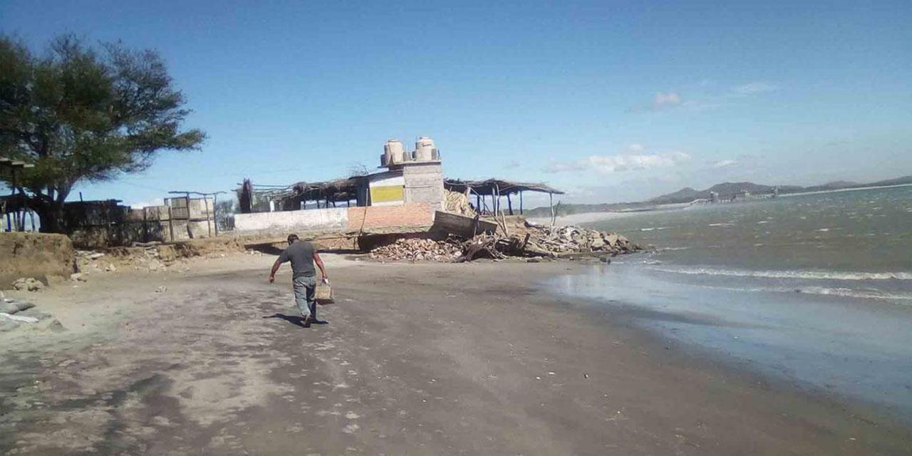 Contaminación de refinería afecta a Bahía La Ventosa | El Imparcial de Oaxaca
