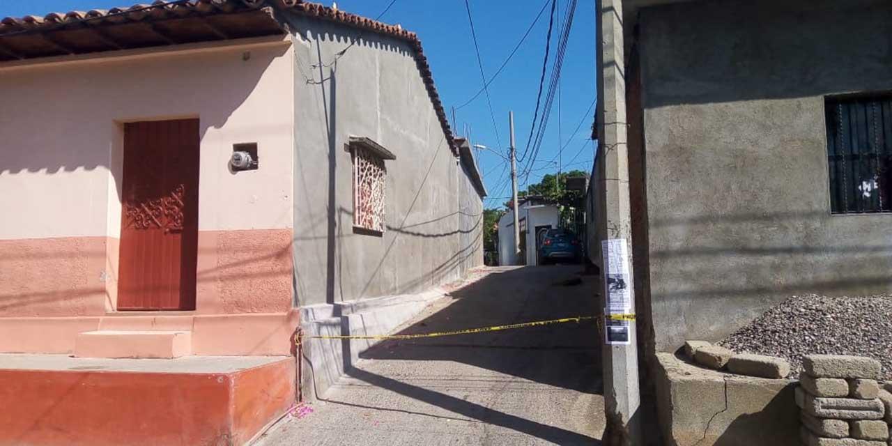 Hallan cuerpo de un hombre en estado de descomposición en Tehuantepec