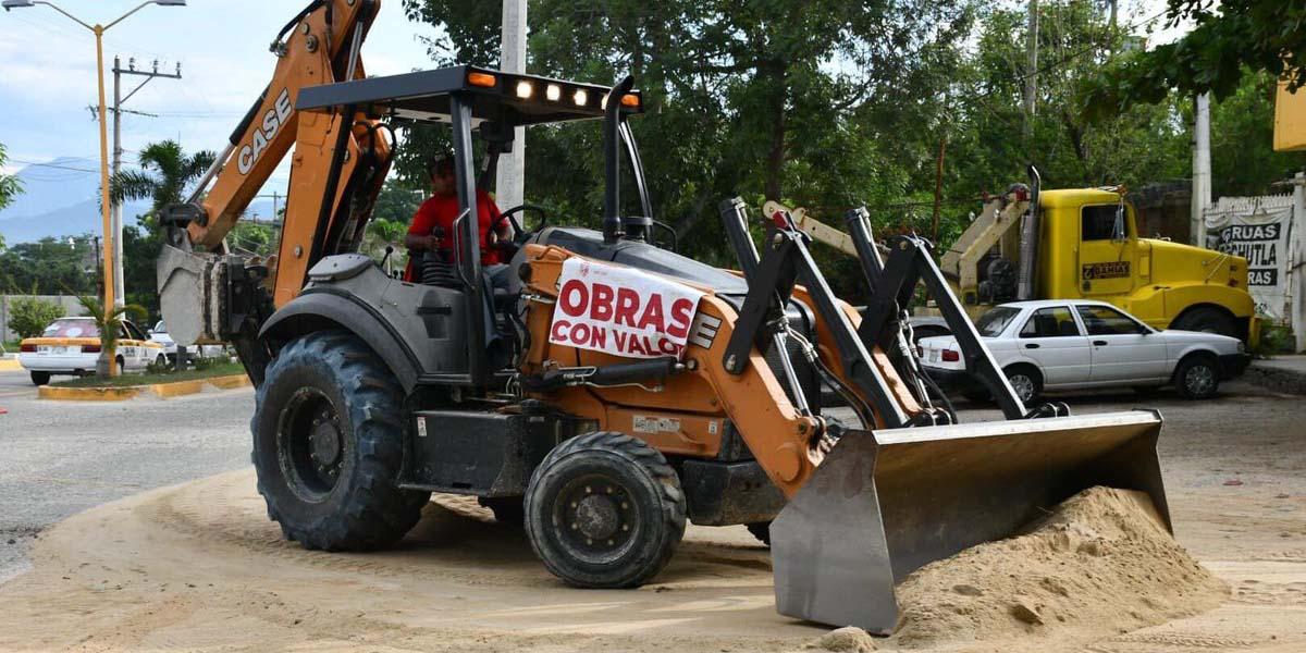 Piden a edil de Pochutla rehabilitar vialidades | El Imparcial de Oaxaca