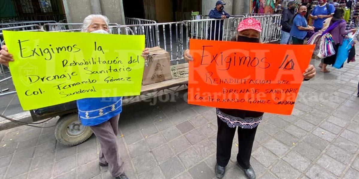 Vecinos de la Gómez Sandoval acusan de incumplimiento a Dante Montaño