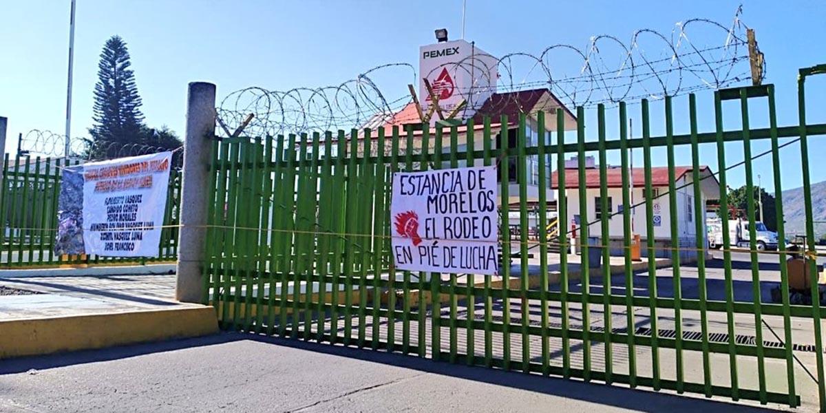 Habitantes de las agencias de Atitlan bloquean subestación de PEMEX | El Imparcial de Oaxaca