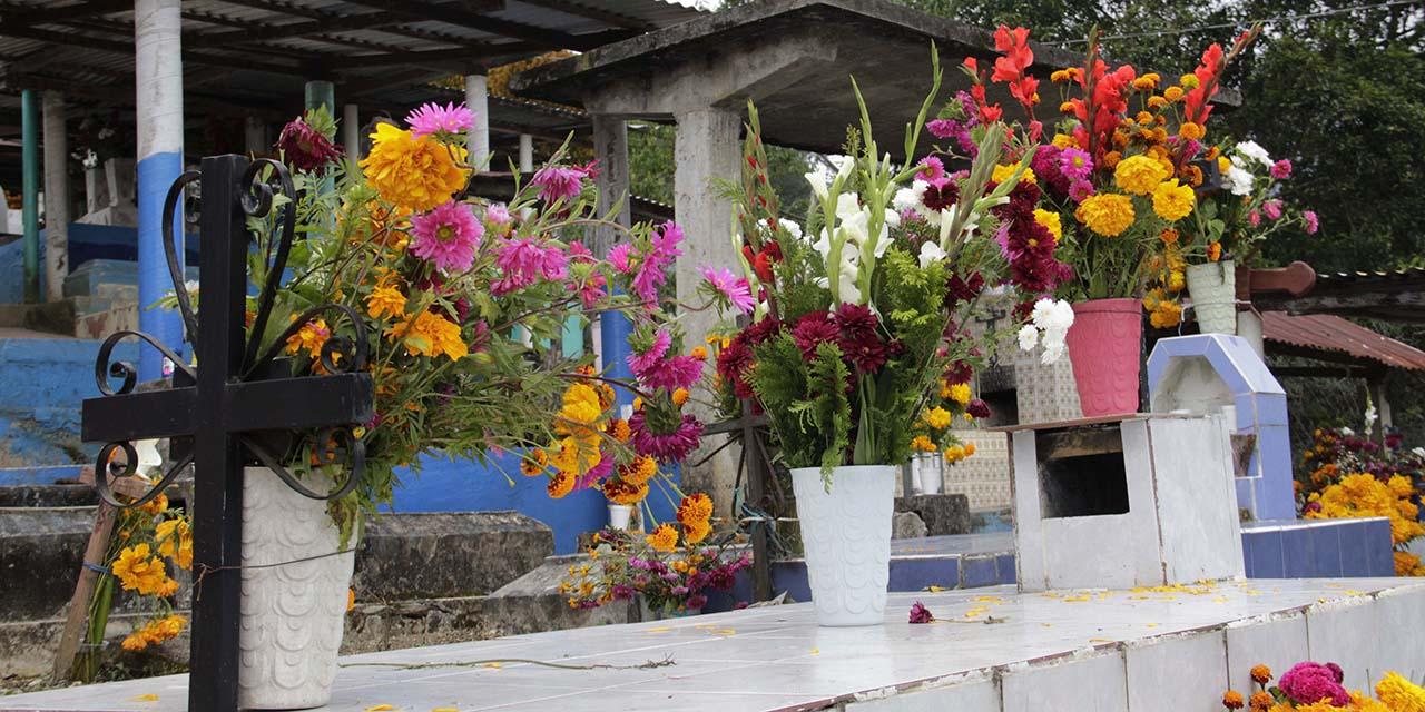 Celebran a los muertos desde casa en Huautla de Jiménez   El Imparcial de Oaxaca