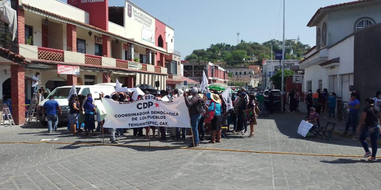 Acusan a Vilma  de incumplir con  obras sociales en Tehuantepec