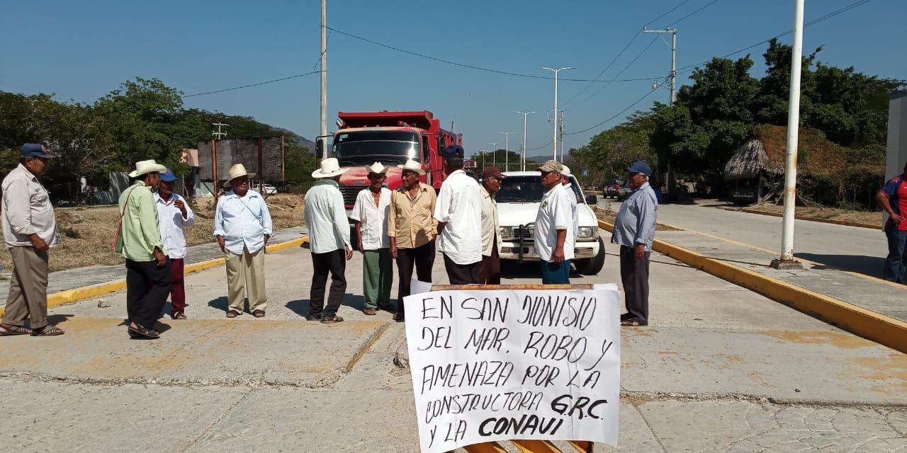 Denuncian fraude de constructora en San Dionisio del Mar