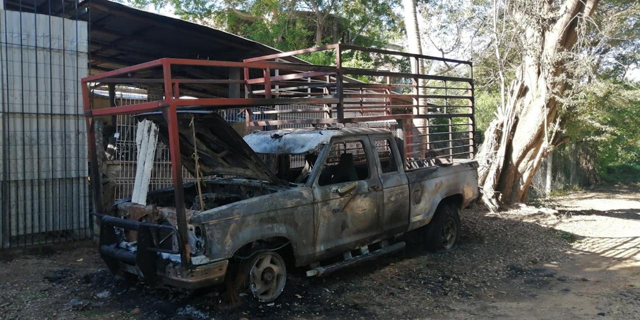 Incendian camioneta frente a un domicilio en Puerto Escondido | El Imparcial de Oaxaca