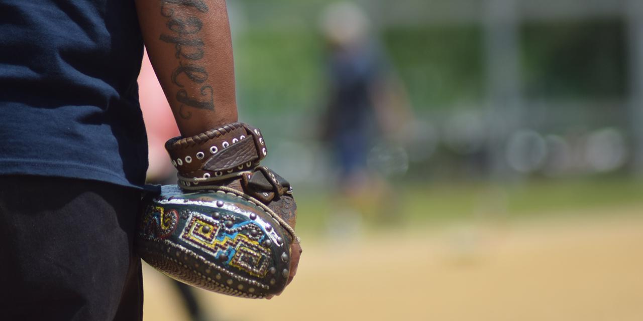 Lucirán los guantes de pelota mixteca | El Imparcial de Oaxaca