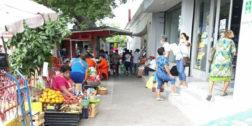 Comerciantes de Salina Cruz denuncian a inspectoras