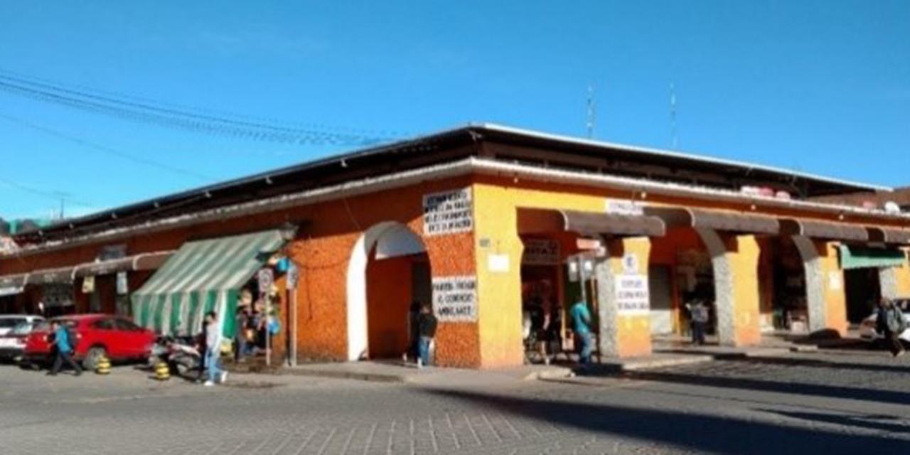 Detienen a joven por destrozos en local de mercado de Huajuapan   El Imparcial de Oaxaca
