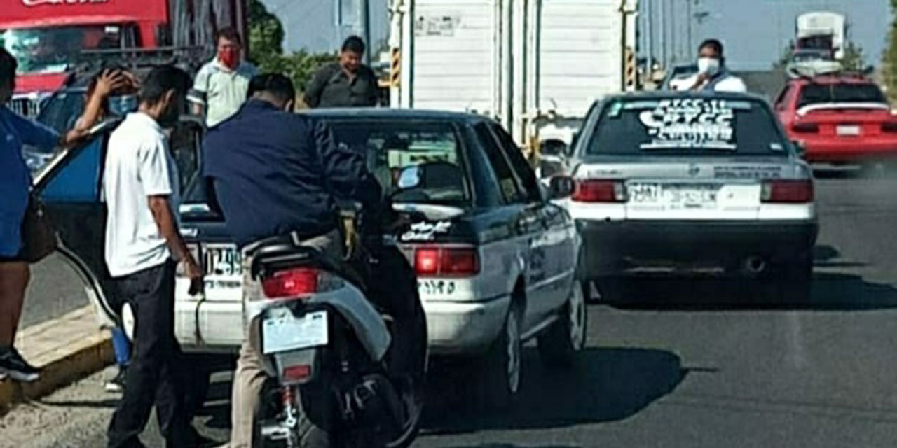 Choque por alcance; un taxi involucrado   El Imparcial de Oaxaca